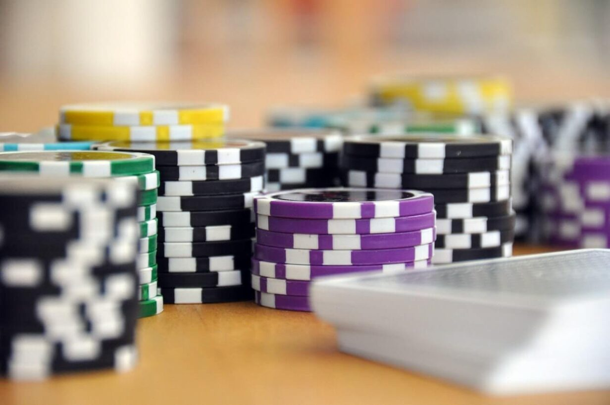 blue-green-and-purple-poker-chips